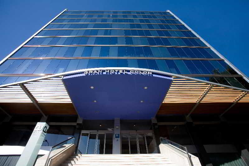 el ayre gran hotel coln es un elegante hotel de diseo situado en una zona tranquila del exclusivo barrio de salamanca en madrid cerca del parque del