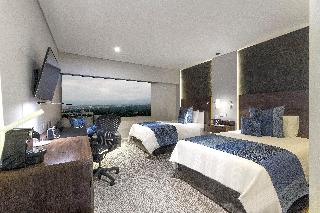 Hotel Presidente Intercontinental Mexico City Mexico DF North - What is the latitude and longitude of mexico city
