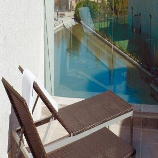 Hotel NH Barcelona Fira Suites