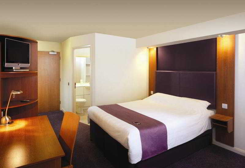 Hotel Premier Inn Heathrow Airport (Bath Road)