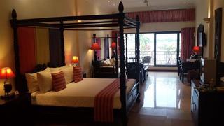Hotel Bougainvillier