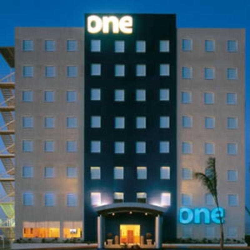 Hotel One Patriotismo Ciudad De Mexico Mexico DF Downtown - What is the latitude and longitude of mexico city