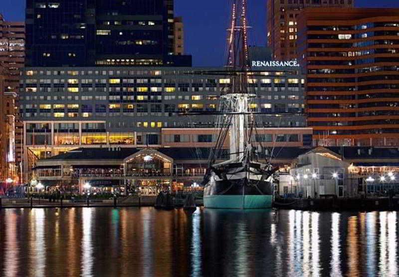 Discover A Four Diamond Jewel Among Downtown Baltimore Hotels At The Renaissance Harborplace Hotel S 586 Guestrooms 34 Suites Feature