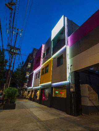 Hotel MX Roma Mexico DF Downtown Mexico City Hotelopia - What is the latitude and longitude of mexico city