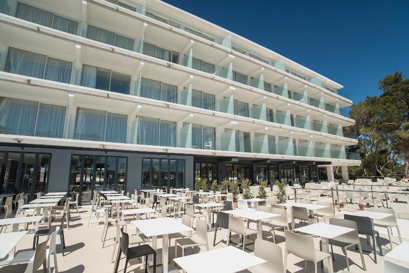 Hotel els pins resort spa san antonio baia ibiza hotelopia stopboris Gallery