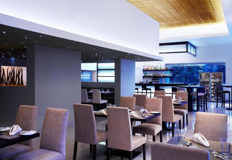 Airport garden hotel katunayake contact number garden ftempo for Grace gardens waco tx