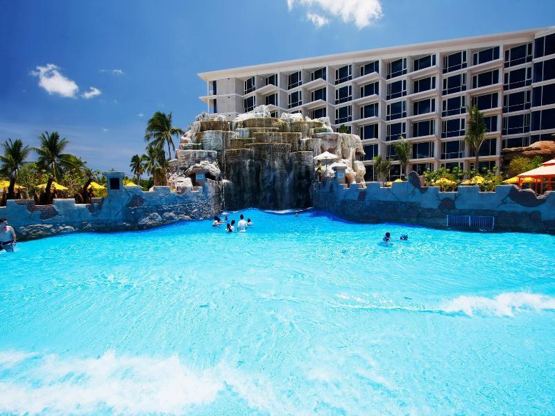 普吉岛圣塔拉西沙别墅度假酒店