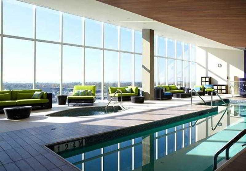 Montreal airport marriott hotel dorval montreal hotelopia solutioingenieria Image collections