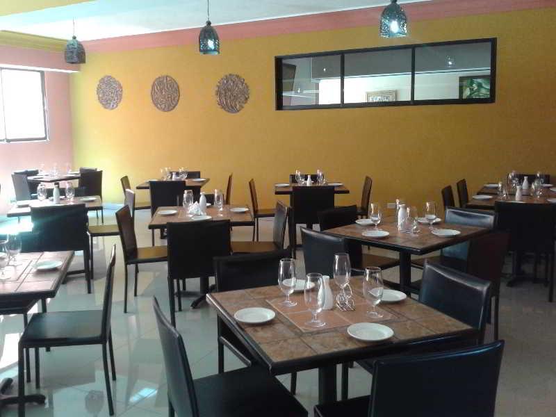 Le Monte Cristo Hotel & Suites - Port au Prince - Port au Prince ...