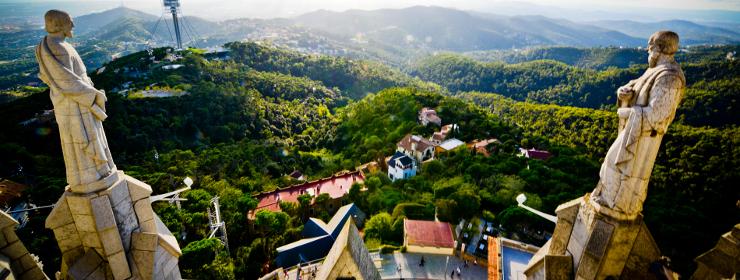 Hoteles en Tibidabo/ Parque de atracciones.